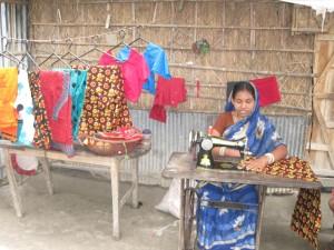 Rekha-jsk-4-990228-tailoring